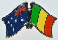 Australia / Mali Crossed Flag Pin, Double Pin, Friendship Pin, Flag Badge